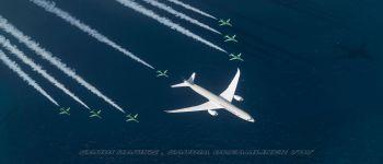 الصقور السعودية يستقبلون طائرة  بوينج 9-787 (دريملاينر)