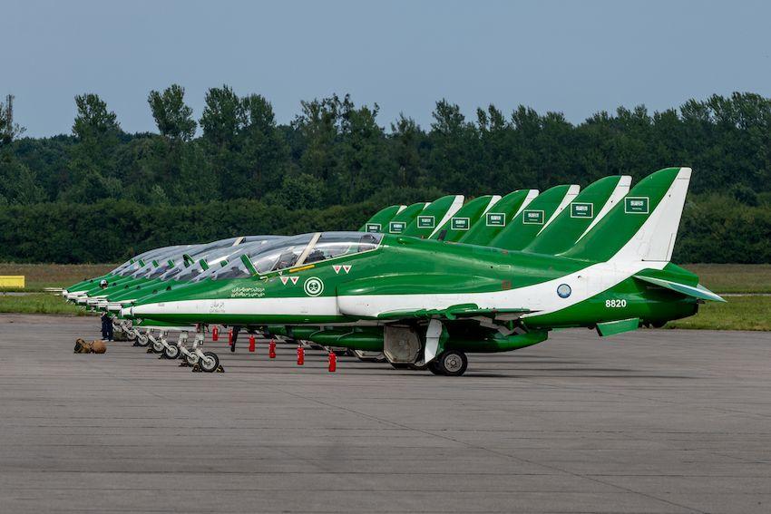 فريق الصقور السعودية يصل إلى بولندا.