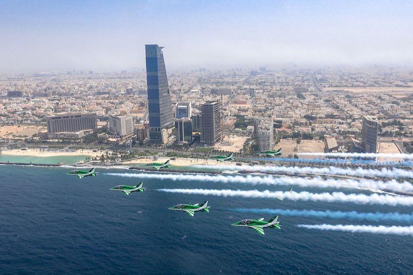 وزارة الدفاع تشارك بالعروض الجوية بمناسبة اليوم الوطني ٨٩